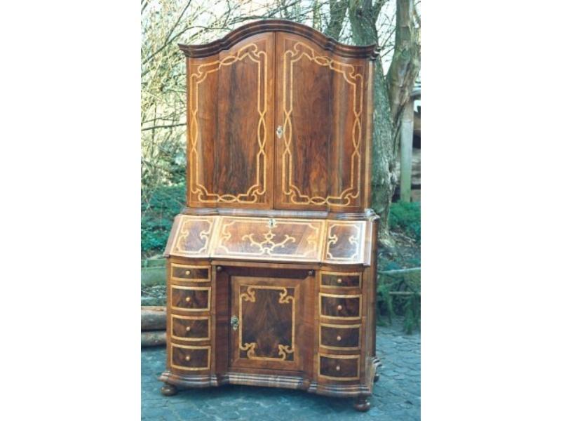 restaurieren von antiquit ten und alten holzm beln markus frei holzbildhauer grabmale. Black Bedroom Furniture Sets. Home Design Ideas